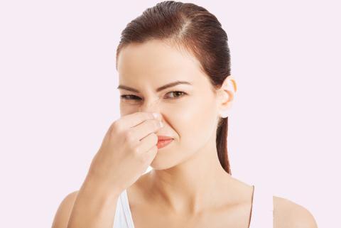 nguyên nhân gây ra mùi hôi vùng kín